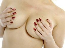 Эксперты сомневаются в проверках груди, проводимых женщинами дома