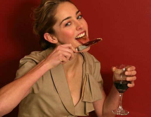 Хорошие манеры за столом позволят похудеть