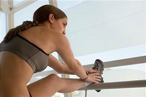 Польза растяжки мышц во время тренировок