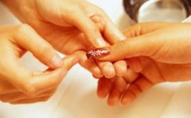 Гелевый маникюр ухудшает состояние ногтей