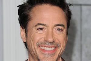 Составлен список самых низких знаменитых мужчин