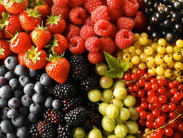Красные фрукты и овощи спасают от страшной болезни
