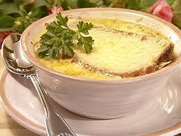 Диетологи назвали три лучших супа