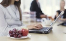 Ученые предлагают 7 лучших перекусов на работе