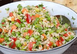 Готовые салаты содержат много соли