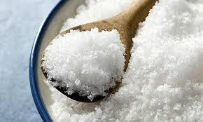 Для человеческого организма достаточно 2 граммов соли в день