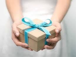 Какие подарки нельзя дарить в 2015 году?