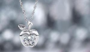 Как выбрать серебряные украшения?