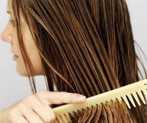 Питательная маска из лука против выпадения волос