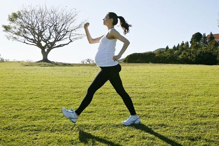 Подготовка к беременности: 5 упражнений, помогающих сохранить форму