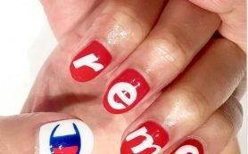 Новый тренд: логотипы на ногтях