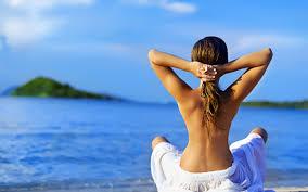 Отпуск для волос: правила летнего ухода