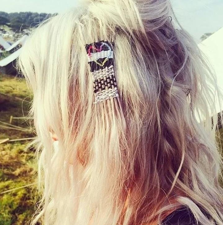 Тренд сезона: фенечки на волосах