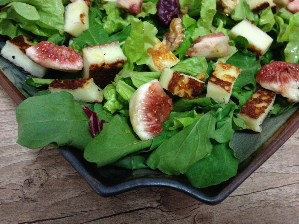 Почему полезно есть свежий инжир