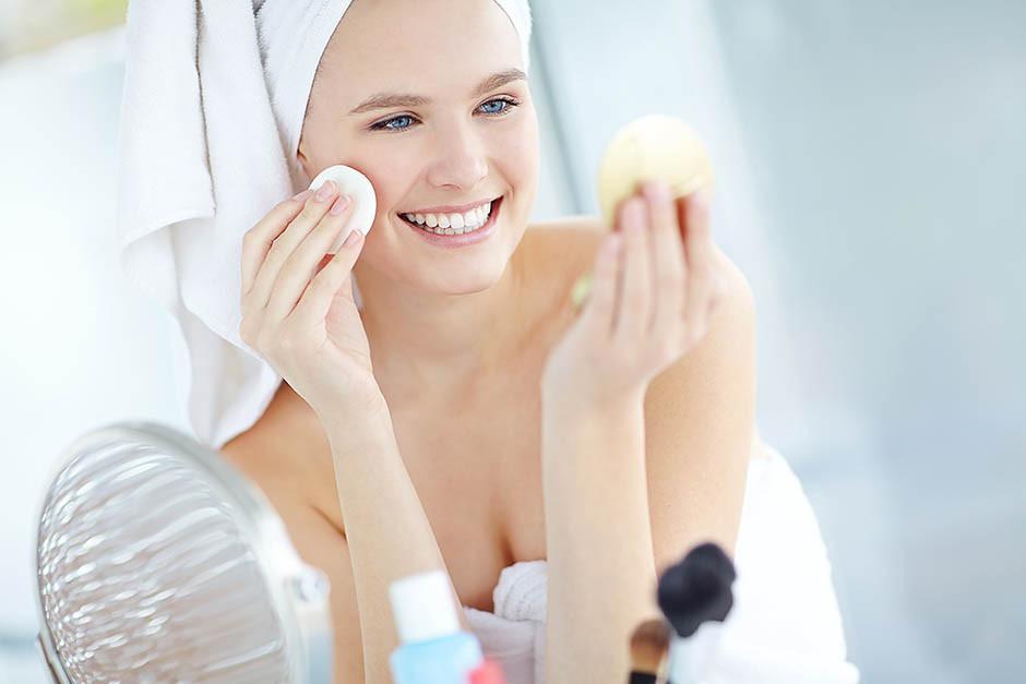 Как правильно очистить кожу?