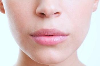 Как правильно выбрать косметику для губ