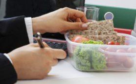 Чем перекусить в офисе без вреда для фигуры