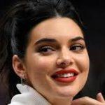 Кендалл Дженнер стала самой высокооплачиваемой моделью по версии Forbes