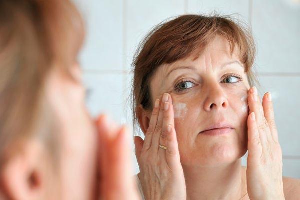 Уход за зрелой кожей: о чем стоит знат