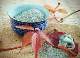 Полезные свойства голубого минерала. Голубая глина