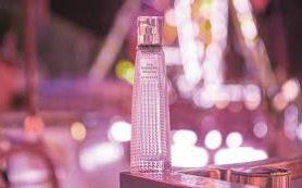 Givenchy представили новый аромат Live Irrésistible Blossom Crush
