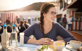 Сон не менее шести часов, обед по расписанию и другие советы для сохранения здоровья