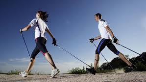 Скандинавская ходьба — простой и эффективный вид фитнеса