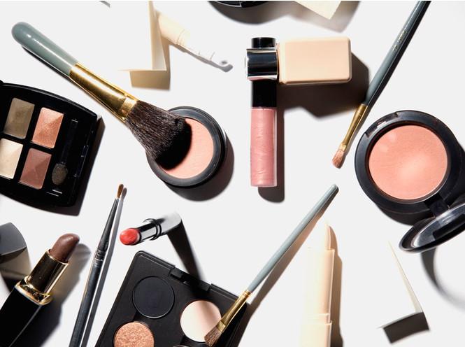 Красота требует жертв: как правильно экономить на косметике
