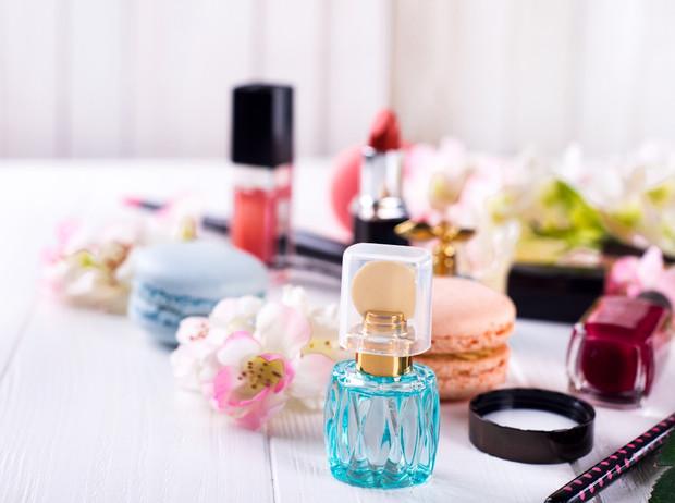 Карамель, ваниль, горячий шоколад: 8 сладких парфюмов, перед которыми не устоять