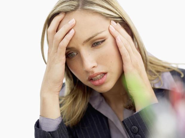 Советы остеопата: 7 способов снять головную боль без таблеток