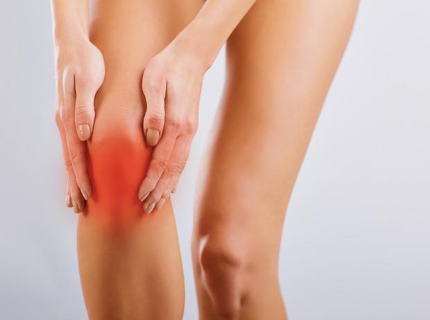 Опасный сигнал: о каких проблемах говорит хруст в суставах