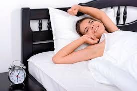 Как приучить себя вставать раньше: 5 проверенных способов