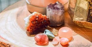 Кристаллы как источник положительной энергии