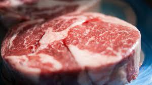 Польза или вред: как красное мясо влияет на наш организм
