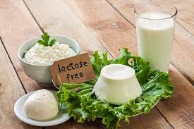 Без лактозы: что нужно знать о чае и кофе на растительном молоке
