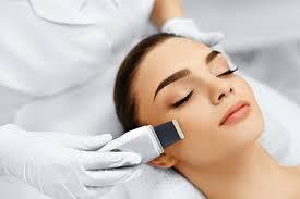 Полный гид по чистке лица: виды и рекомендации по типам кожи
