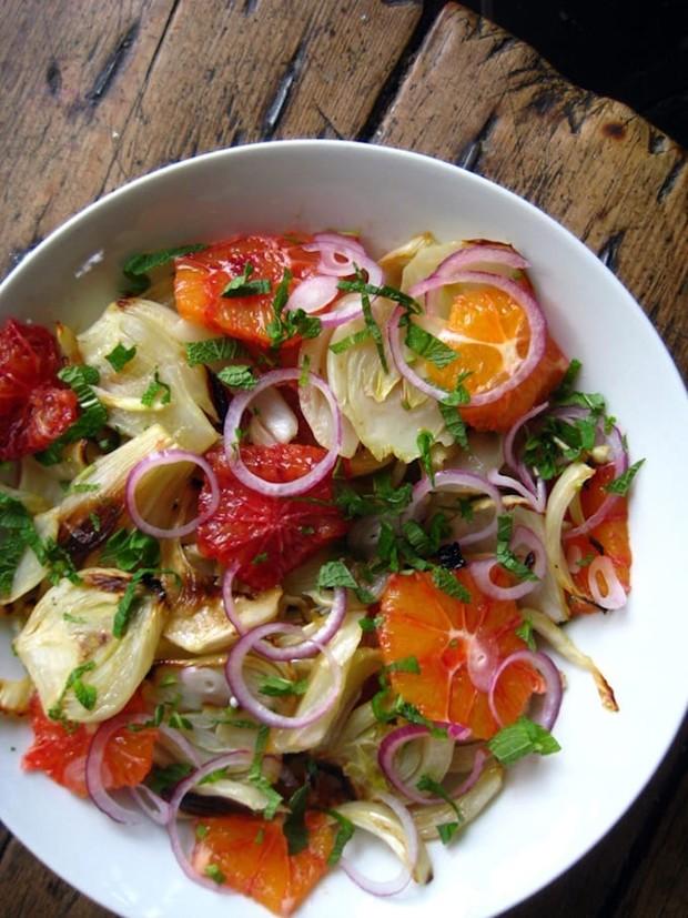 Тыква, батат, гранат: 7 теплых витаминных салатов