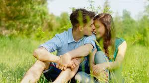 Как первая любовь влияет на отношения в будущем