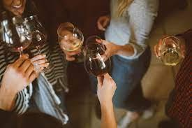 Правда ли, что от алкоголя толстеют, и можно ли этого избежать