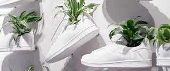 Adidas представили кроссовки из грибной «кожи»