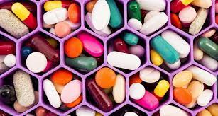 6 витаминов, которые опасно принимать без назначения врача
