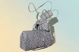 Louis Vuitton использовали только переработанные материалы для изготовления новых сумок