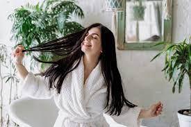 Как ускорить рост волос: 5 советов трихолога