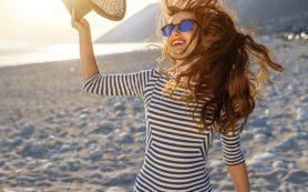 Что происходит с волосами летом и как защитить их от солнца?