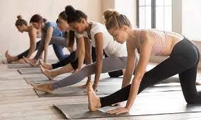 Как сесть на шпагат: советы и упражнения