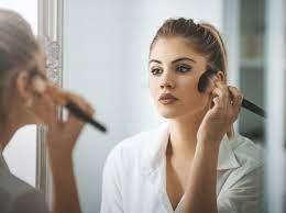 Макияж для жирной кожи: пошаговая инструкция на каждый день